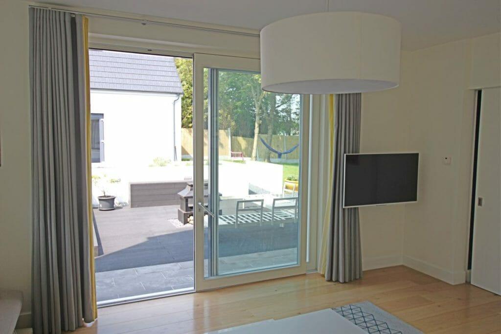 Sliding-doors-Alu-Clad-Zyle-Fenster-5-1024x683