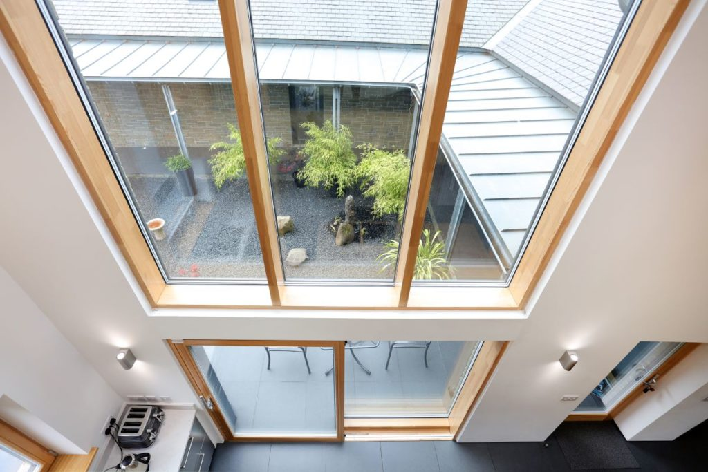 Timber-Curtain-Walls-Zyle-Fenster-Alu-Clad-Timber-Aluminium-Triple-Glazed-Windows-Specialists-28-1024x683