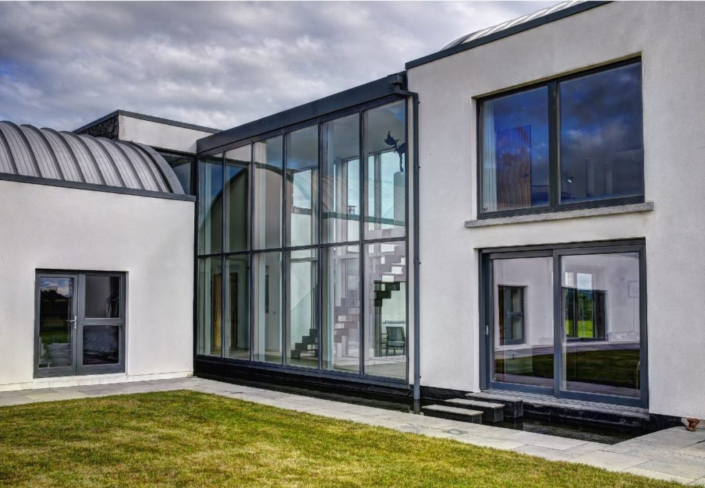 Timber-Curtain-Walls-Zyle-Fenster-Alu-Clad-Timber-Aluminium-Triple-Glazed-Windows-Specialists-31-1024x708
