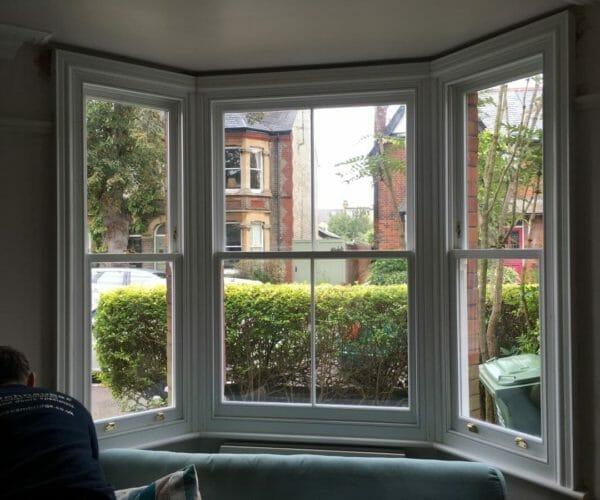 Traditional-Box-Sash-windows-Zyle-Fenster-2-1-600x500