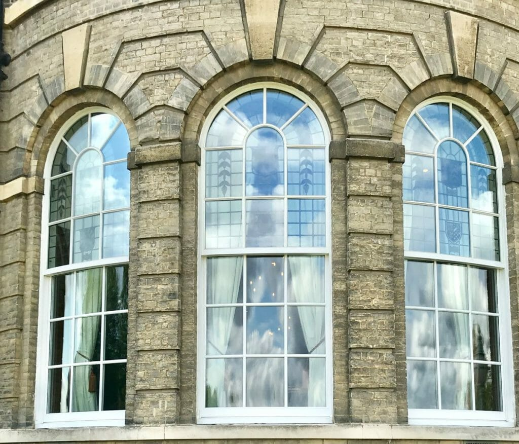 Traditional-Box-Sash-windows-Zyle-Fenster-28-1024x876