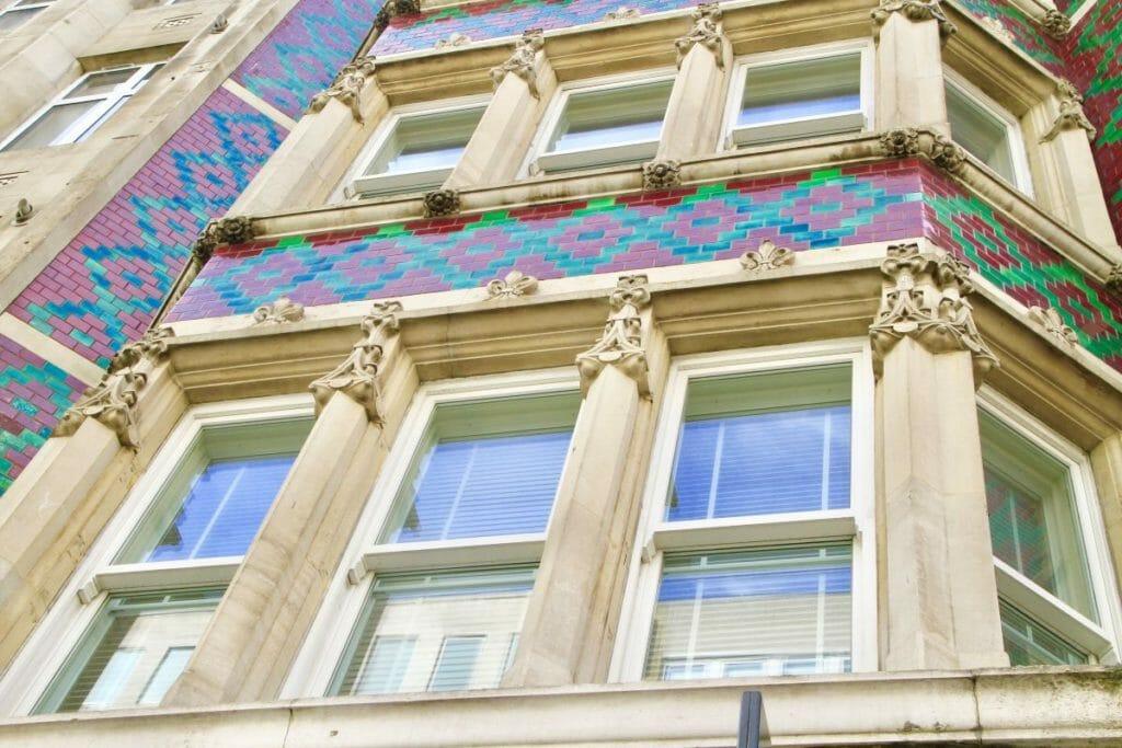 Traditional-Sash-Easy-Clean-Windows-Zyle-Fenster-14-1024x683